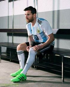 """Lionel Messi on TyC Sport: """"As a UNICEF ambassador I cannot play against people who kill innocent palestinian children. We had to cancel the game because we are humans before footballers."""" Love you Messi Respect ❤"""