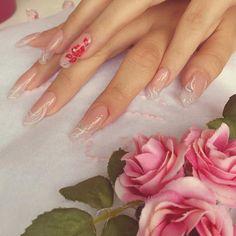 #love #wedding #day #joy #girl #happy #nice #nails #lovely #raffinate #elisayoungnailsitalia #yni #youngnailsitalia #fashion #nails