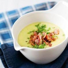 Pekoninen peruna-kukkakaalikeitto // Potato & Cauliflower Soup with Bacon… I Love Food, Good Food, Yummy Food, Tasty, Food N, Food And Drink, Healthy Cooking, Healthy Recipes, Healthy Food