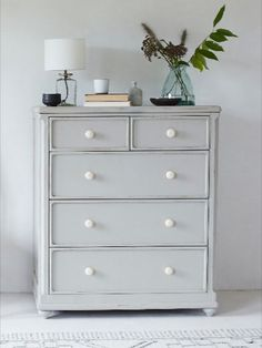 What are you waiting for? Painted Chest, Grey Exterior, Comfy Sofa, Upcycling Ideas, Grey Skies, Wooden Chest, Top Drawer, Dresser As Nightstand, Chest Of Drawers