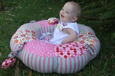 Sew Little Fabric by Paula Storm: Sit Me Up Donut free Insert Pattern