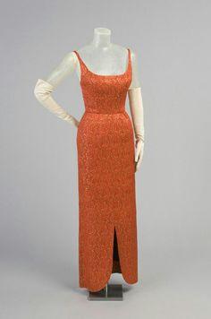 Robe de soirée en soie tissée métallisée et laine, automne 1957  James Galanos