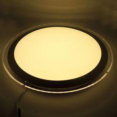 El Plafón LED 22W tiene un diseño simple, pero muy contemporáneo.  La envolvente decoración plata satinado, tiene una función de bloqueo de giro para permitir un fácil acceso al interior. De muy fácil instalación, nuestro Plafón de superficie 22W, consiente un ahorro energético de hasta el 80% respeto a las luminarias tradicionales. http://www.barcelonaled.com/downlights-led-de-superficie/1023-plafon-superficie-circular-22w.html