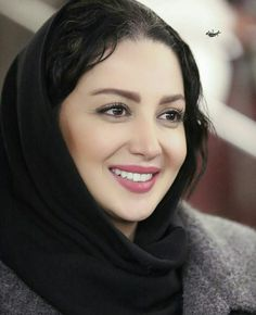Always found as a Standard for classic . cause it endures beautifully . eternally in beaute' remains classic . Beautiful Iranian Women, Beautiful Hijab, Beautiful Indian Actress, Iranian Beauty, Muslim Beauty, Beautiful Blonde Girl, Beautiful Girl Image, Beautiful Pictures, Arabian Beauty Women