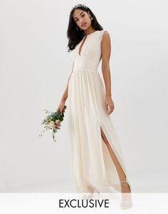 5019ac5010 Shop TFNC lace detail maxi bridesmaid dress in pearl pink at ASOS. Nathalie  LamarieeenColere · Tenue invitée mariage