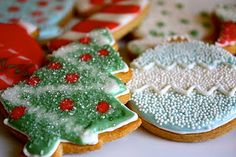 Learning to decorate cookies from @THEtoughcookie. She's amazing! from @FloridagirlinDC