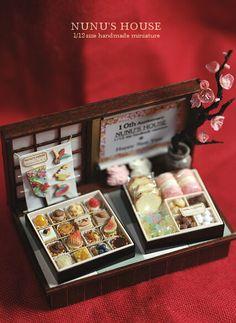 *お菓子のお重セットを仕上げました* - *Nunu's HouseのミニチュアBlog* 1/12サイズのミニチュアの食べ物、雑貨などの制作blogです。
