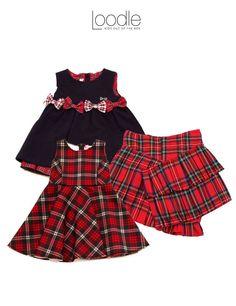 Girls in Tartan! Avete già visto le nostre proposte per #bambine in stile tartan? Un tessuto adatto al periodo natalizio che fa molto british style! Lo scozzese è il