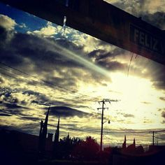 feliz happy #jj #iphonesia #picoftheday #art #webstaq3 #jj_forum #bestoftheday #picofthedar #instadaily #lovely #love #amor #instagramers #statigram #igdaily #instagramhub #instagood #fotodeldia #instamood #igers #igaddic #instamood ##all_shot #sunshine #sunset - @villalobos1910- #webstagram