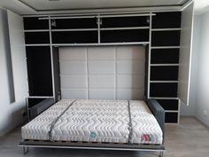 Łóżko w szafie chowane poziomo, czy pionowo? Każde z nich ma swoje zalety. Które wybrać?  Bed Wall, Dom, Bunk Beds, House, Furniture, Home Decor, Decoration Home, Loft Beds, Home