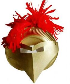 Réaliser un casque de chevalier pour compléter un déguisement sur le moyen-âge. La réalisation de l'activité est l'occasion de partir à la découverte des armures de che