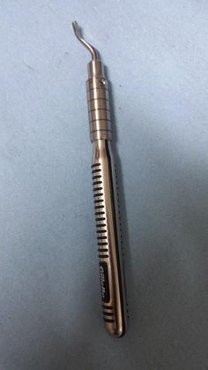 Making a demurring tool from a razor handle.