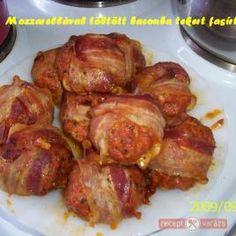 mozzarellával töltött fasírt Hungarian Cuisine, Hungarian Recipes, Hungarian Food, Tandoori Chicken, Mozzarella, Bacon, Pork, Health, Ethnic Recipes