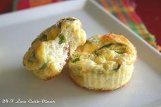 These are a lunchbox favorite that I featured in the September issue of the Diner News. These would also be awesome for your New Year's Eve party, so I thought I should share the recipe now. Lots of folks love the popular jalapeno popper dip, but making or finding low-carb crackers can be probl