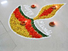 10 Simple Rangoli Designs For All The Lazy Bums Out There! Rangoli Designs Latest, Simple Rangoli Designs Images, Rangoli Designs Flower, Colorful Rangoli Designs, Rangoli Ideas, Rangoli Designs Diwali, Diwali Rangoli, Flower Rangoli, Kolam Designs
