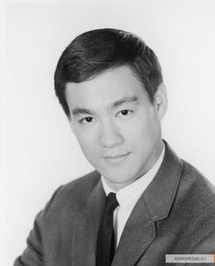 Bruce Lee - a lenda Bruce Lee Fotos, Green Hornet, Brandon Lee, Cinema, Enter The Dragon, Little Dragon, Free Youtube, Child Actors, Martial Artist