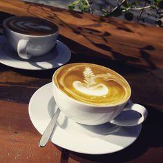 Un dia de descanso junto a mi @steph.cv. con un rico latte del Café Cultura      #InstaChile #instasantiago #chilegram #instastgo #lifestyle #city #coffee #winter #latte #Santiago #santiagodechile #santiagolovers
