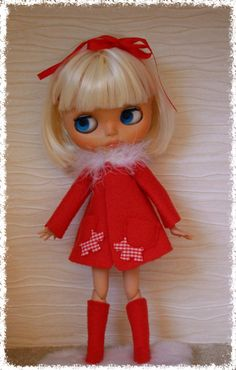 Festive Coat and Long Socks For Blythe by ShelsTinyCreations