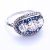 Art Deco Three Diamond & Sapphire Ring thumbnail 2