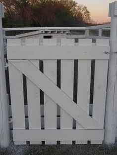 How To Build A Gate To Keep The Bunnies Out!
