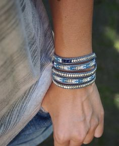 Choose Your Own Jewelry Styles Layered Bracelets, Bracelets For Men, Bangle Bracelets, Necklaces, Beaded Bracelet Patterns, Beaded Jewelry, Bracelet Designs, Boho Chic, Bracelet Tutorial