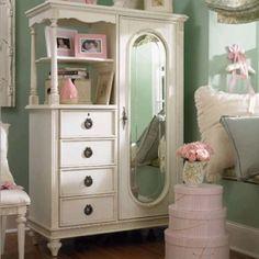 shabby chic dresser, love the design!