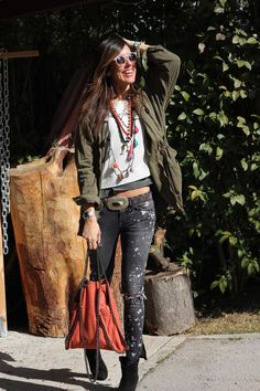 Great everyday outfit with some boho thrown in :-) - on stylelovely.com