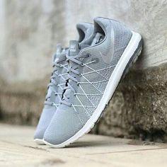 99b173d7df355 Nike Flex Fury 2  Wolf Grey Cool Grey