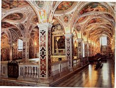 The San Matteo crypt in the 1085 Salerno Cathedral by Italian architect Domenico Fontana in Salerno, Italy. (Courtesy Princeton University Press)