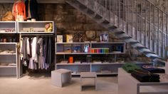 Kitchener Plus, one of the oldest concept stores in Zurich. Nice garments and lifestyle accessories for men and women. Viadukt, Kreis 5.
