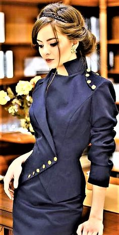 Gorgeous suit Warm Outfits, Classic Outfits, Chic Outfits, Fashion Outfits, Womens Fashion, Vintage Dresses, Vintage Outfits, Vintage Fashion, Facon