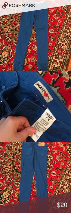 Blue skinny jeans Size 5/6 not sure if that is same as 29inches but please make sure you understand that it's 5/6!!  Worn once. A bit stretchy.  Perfect for spring or summer! Bright blue color! Jeans Skinny