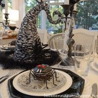 Halloween Tablescape with Spider Cupcakes, Clock Plates  a Witch's Hat Centerpiece 15_wm