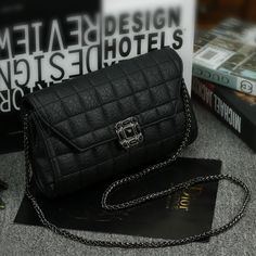 Find More Shoulder Bags Information about New Classic Lady Handbags diamond lattice chain bag women handbag clutch shoulder bags Messenger bag crossbody bag high quality,High Quality bag bread,China bags black and white Suppliers, Cheap bag combo from Amazing Lisa on Aliexpress.com