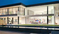 Una villa di vetro sulle colline di Los Angeles