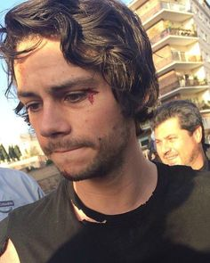 """fan pic whilst filming american assassin in rome!…"" So cute... esa boquita"