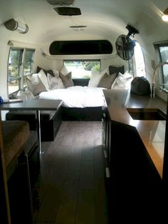 Airstream Interior Design Ideas 1968 Airstream Bambi travel trailer with a beautiful custom interior Airstream Bambi, Airstream Vintage, Airstream Campers, Airstream Remodel, Airstream Renovation, Airstream Interior, Trailer Interior, Vintage Travel Trailers, Vintage Campers