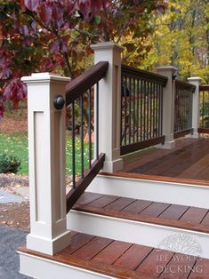 wood step white riser Exterior Handrail, Railing Design, Porch Steps, Deck Designs Backyard, House Exterior, Porch Remodel, Wood Steps, House Deck, Front Porch Design
