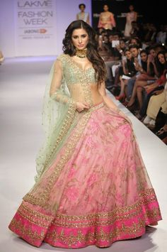 Lakme Fashion Week 2014 : Bollywood Actress Photo Gallery