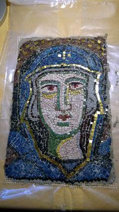 Mosaiikki-ikoni Panagia bysanttilaisen perinteen mukaan 2016