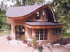casa completa feita com superadobe
