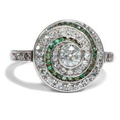 Art Déco um 1928: Antiker Ring mit 1,15 ct Diamanten & Smaragd, Platin, Weißgold
