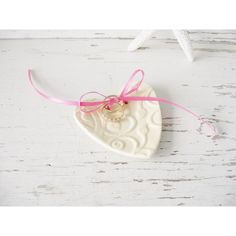 Wedding ring small dish holder heart bride jewelry ceramic pink white... ($10) ❤ liked on Polyvore featuring home, home decor and jewelry storage
