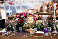 wanderlust inspired table decor - photo by You & Me Photography  #reception #tablescape