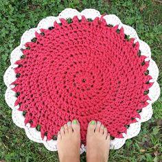 Hoy en mi blog y con patrón #alfombradetrapillo #xxlcrochet #ganchilloxxl #trapilloxxl #trapillo #crochet #ganchillo #ganxet #crocheterapia #crocheting #crochetlife #crochetaddict #crocheteveryday #crochetmania #creacionesSu #lovecrochet #handmade #photoaday