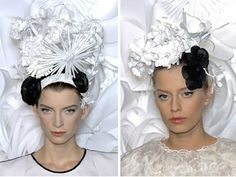 Paper flowers for Chanel's Huate Couture show