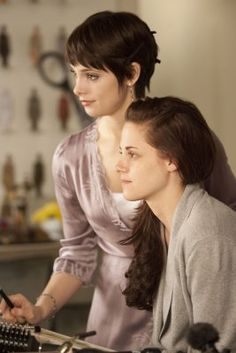 Kristen Stewart, Ashley Greene | Breaking Dawn