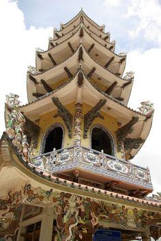 Vietnamese Architecture http://viaggi.asiatica.com/