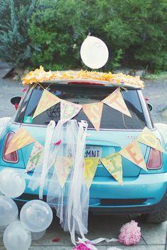 Getaway wedding car decorations ideas