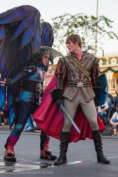 Walt Disney World, Orlando, FL December 2014 Visit our site Disney Character Central for tons more Disney and Character pictures! Disney Love, Disney Magic, Disney Fairies, Disney Parks, Walt Disney World, Festival Of Fantasy Parade, Disney Face Characters, Disney Princes, Fantasy Costumes